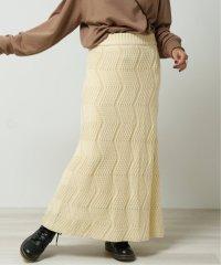 ギザギザニットスカート