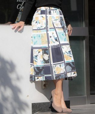 【大きいサイズ】パネルボタニカルプリントスカート