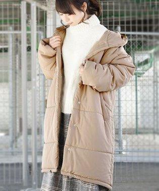 カフスベルトフーディー中綿コート【M】レディース 秋冬 コート ポリエステル サンドベージュ カーキ ブラック 中綿 アウター フード ベルト付属 軽量 羽織り