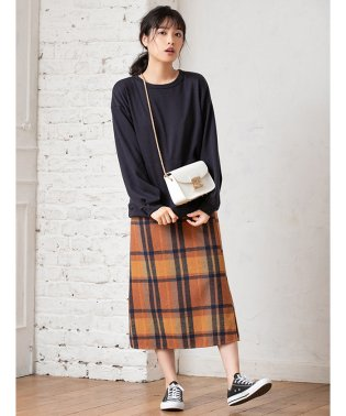 サイドスリットチェックタイトスカート