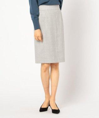 サキソニータイトスカート