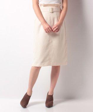 共ベルト付きタイトスカート