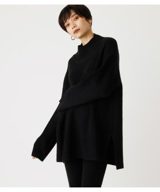 SIDE SLIT LOOSE KNIT