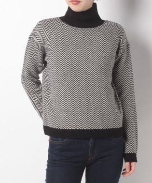ジオメトリックセーター