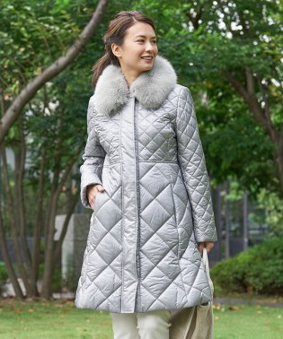 【特別提供品】フォックスファー衿のキルティングコート