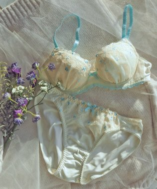 【ブラ&ショーツ セット】花柄モチーフ×エンブロイダリーレース(B~D)