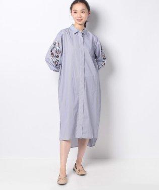 【NANO UNIVERSE】袖刺繍シャツワンピ