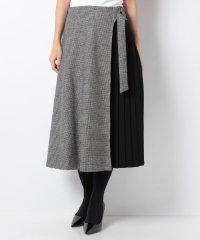【特別提供品】サイドプリーツ入りデザインスカート