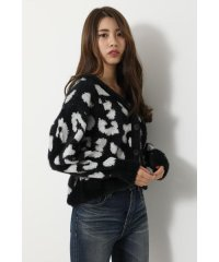 Leopard Shaggy Knit CD