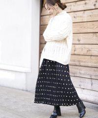 ミモレ丈ポルカドットスカート