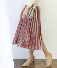 ベロア×プリーツスカート
