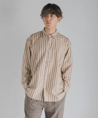 レジメンタルストライプシャツ