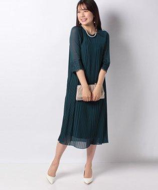7分袖レース×プリーツドレス