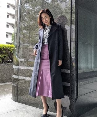 Side pleats trench CT