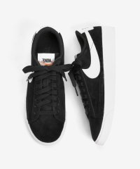 NIKE BLAZER LOW SD