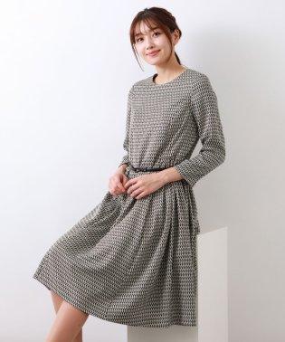 ジオメトリックプリントドレス