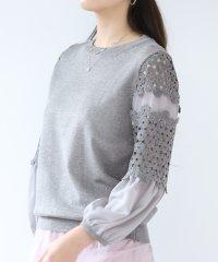 花柄刺繍レース袖 ニット