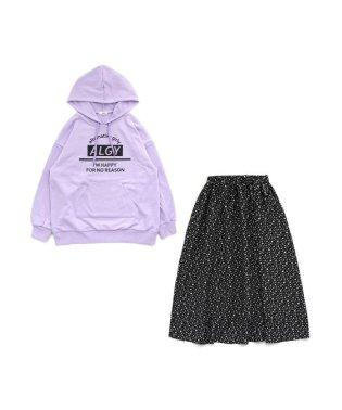 ニコ☆プチ2月号掲載  BIGトレーナー&スカートセット