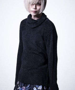 Bernings Sho【バーニングショー】ドレープタートルニット