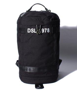 DIESEL X06259 P1516 ボディバッグ