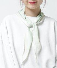 ひし型配色スカーフ