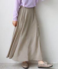 ベルト付きリングフレアスカート
