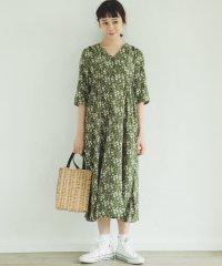 【ママサイズ】5分袖丈 ミモレ丈 レトロ花柄 Vネック フロントボタン ワンピース