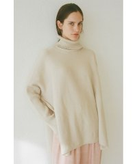 SIDE SLIT TURTLE WIDE KNIT