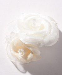【入学式・卒業式・セレモニー・七五三・結婚式】ホワイトローズコサージュ