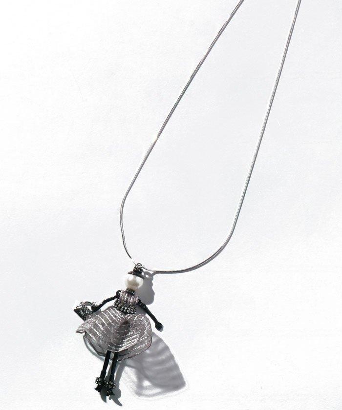 (Leilian/レリアン)ドールチャームペンダント/レディース ホワイト