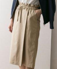 【UR】ドロストイージータイトスカート