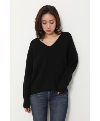 V N/C Loose Knit TOP