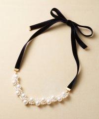 ぱっとつけてぐっと華やぐ 結婚式にも便利なプラパールの編み込みネックレス