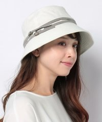FUMI HAT LILY