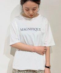 MAGNIFIQUEプリントTシャツ