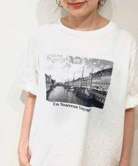 VOYAGE プリントTシャツ