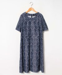 【大きいサイズ】レース風プリント加工ドレス
