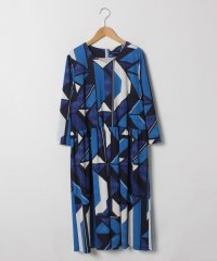 【洗える】強撚スムース幾何プリントドレス