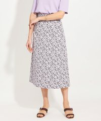 ジャガード花柄セミタイトスカート