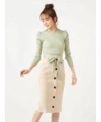 パフスリーブトップス×配色リボンニットスカート