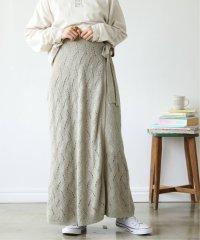 ウェーブ透かし編みラップスカート