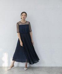プリーツスカートドレス
