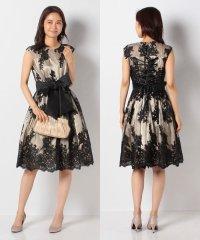 花柄刺繍入りサッシュベルト付チュールレースドレス