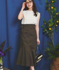 裾フレアスカート