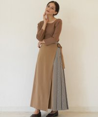 FIKA. Side check skirt