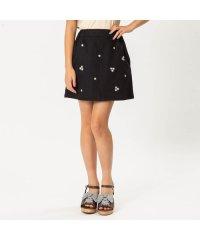 小花刺繍スカート