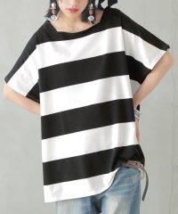 『nOrデザインボートネックボーダーTシャツ』