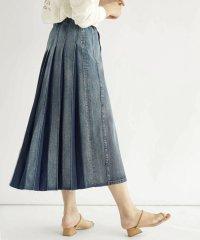 FIKA. Backpleats Denim Skirt