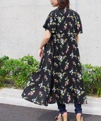 【2020新作】花柄プリントドロストワンピース mitis SS