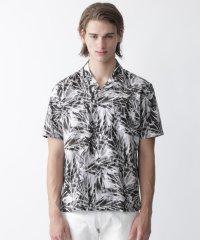 ボタニカルプリントオープンカラーシャツ